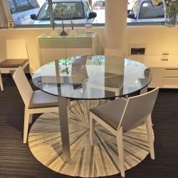 clearance-clear-glass-round-dining-table