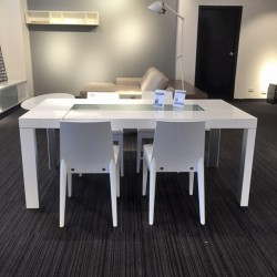 clearance-gloss-white-dining-table