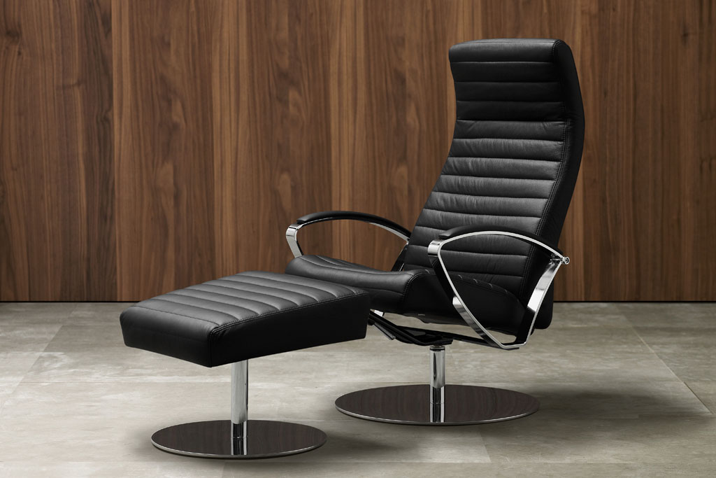 Wing Recliner by BoConcept