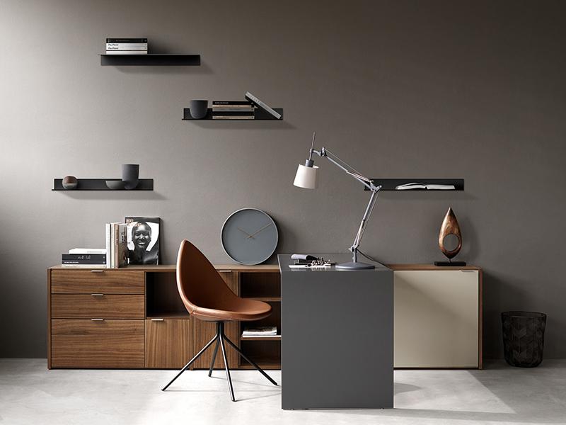 Como modern shelf
